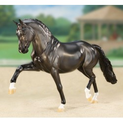 Breyer Traditional 1:9 - Totilas Superestrella en Doma